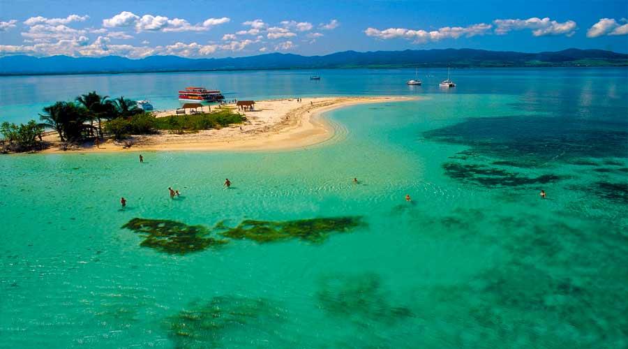 Martinique + Guadeloupe